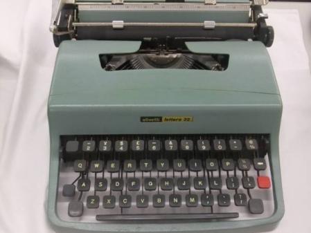 Olivetti Lettera32